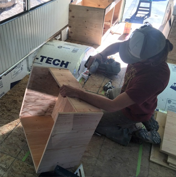 Building tinyhome drawers